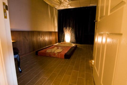 Massage in kamer 39 lombok 39 uden 1 persoons manadrin spa - Spa kamer ...