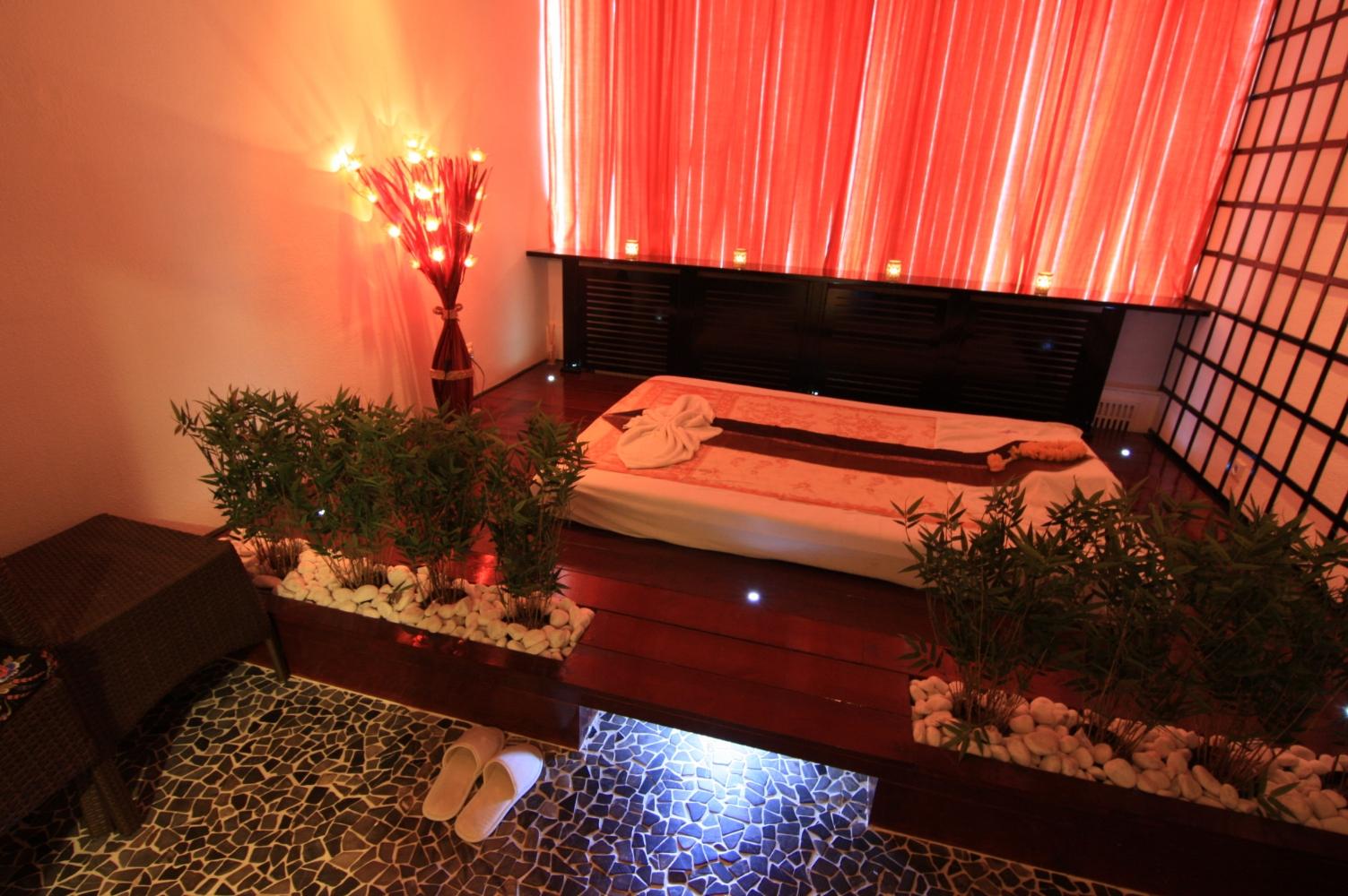 Massage in kamer 39 sukho thai 39 nijmegen 1 persoons manadrin spa - Spa kamer ...
